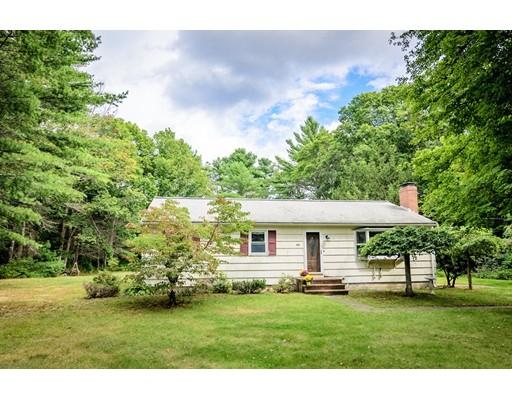 Maison unifamiliale pour l Vente à 111 Upland Road Plympton, Massachusetts 02367 États-Unis