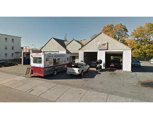 Commercial pour l Vente à 238 Millbury Street 238 Millbury Street Worcester, Massachusetts 01610 États-Unis