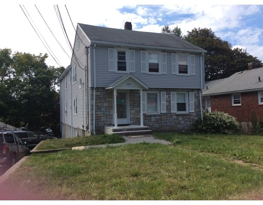 Single Family Home for Rent at 624 Main Street Watertown, Massachusetts 02472 United States