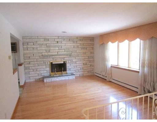 Casa Unifamiliar por un Alquiler en 338 BEAVER Street 338 BEAVER Street Waltham, Massachusetts 02452 Estados Unidos