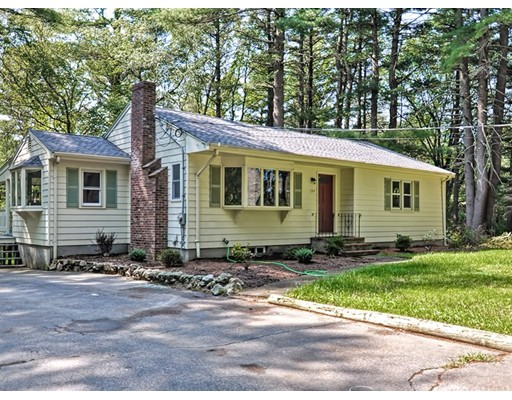 Single Family Home for Sale at 194 Union Street Norfolk, Massachusetts 02056 United States