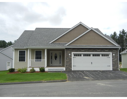 Condominium for Sale at 5 Clubhouse Way 5 Clubhouse Way Amherst, New Hampshire 03031 United States