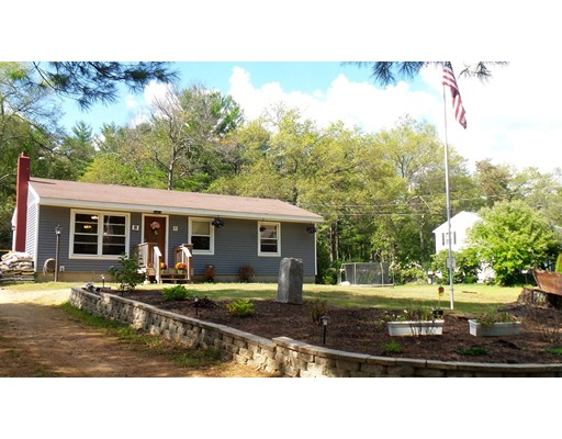 Single Family Home for Sale at 81 Webber Road Brookfield, Massachusetts 01506 United States