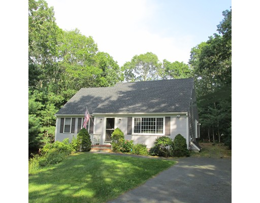 Casa para uma família para Venda às 170 Concord Lane 170 Concord Lane Barnstable, Massachusetts 02655 Estados Unidos