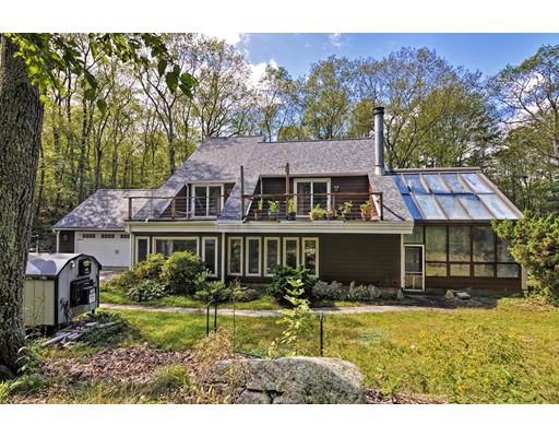 独户住宅 为 销售 在 22 FOREST STREET 厄普顿, 马萨诸塞州 01568 美国