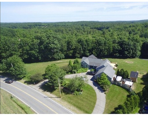 Single Family Home for Sale at 45 Highland Road 45 Highland Road Merrimac, Massachusetts 01860 United States
