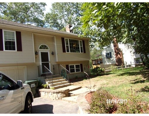 Casa Unifamiliar por un Venta en 55 Old East Brookfield Road North Brookfield, Massachusetts 01535 Estados Unidos