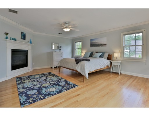 8 Lorum St, Newburyport, MA, 01950