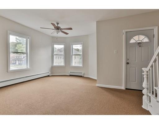 独户住宅 为 销售 在 47 Congress Street Lawrence, 01841 美国