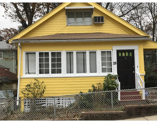 Vivienda unifamiliar por un Venta en 28 Stow Road Boston, Massachusetts 02126 Estados Unidos