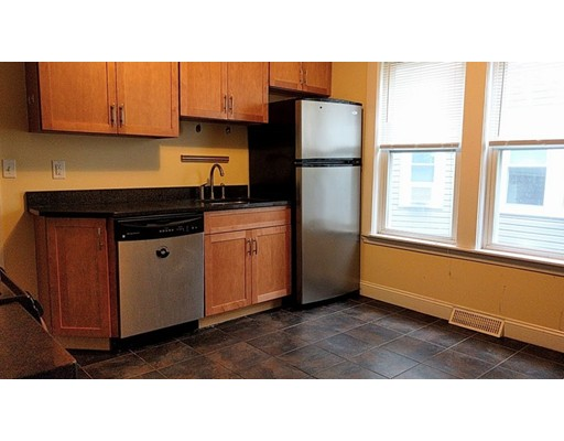 33 Lewis St 1, Somerville, MA 02143