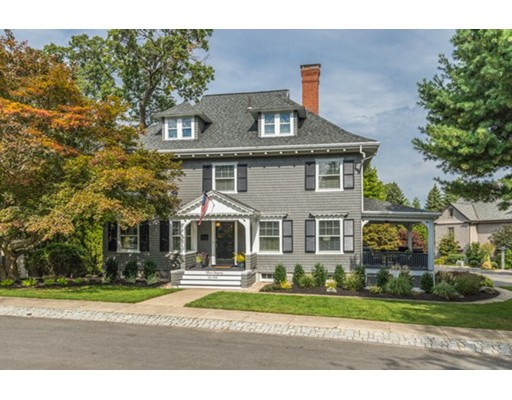 Частный односемейный дом для того Продажа на 15 Glengarry Road Winchester, Массачусетс 01890 Соединенные Штаты