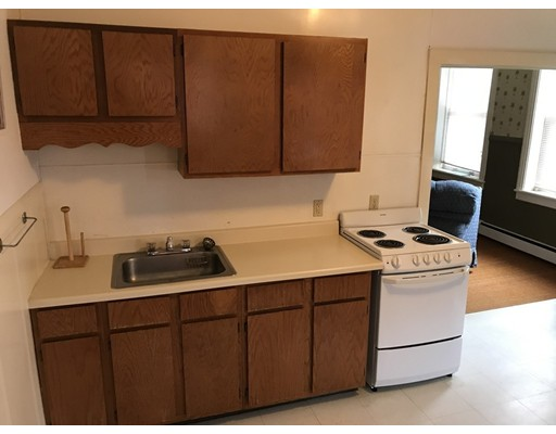 Apartment for Rent at 10 exchange st #4 Barre, Massachusetts 01005 United States