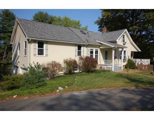 独户住宅 为 销售 在 143 Park Street Easthampton, 马萨诸塞州 01027 美国