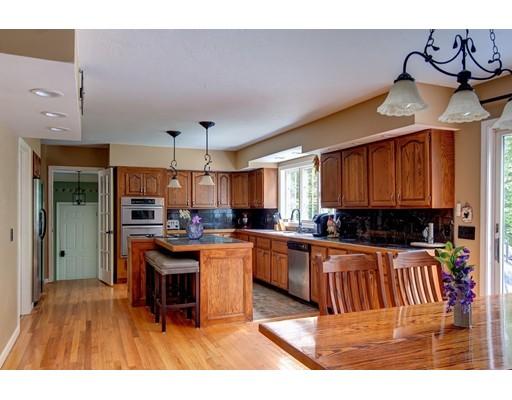 9 Woodside Cir, Sturbridge, MA, 01566
