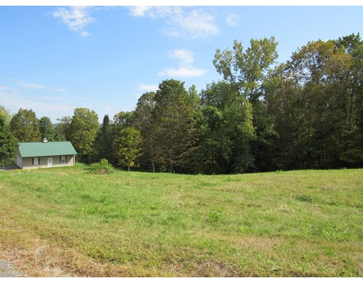 土地 为 销售 在 15 Center Street Southampton, 马萨诸塞州 01073 美国