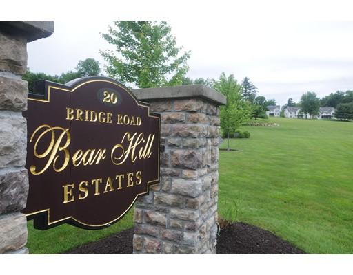 共管式独立产权公寓 为 销售 在 20 Bridge Road Northampton, 马萨诸塞州 01062 美国