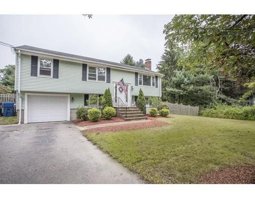 Casa Unifamiliar por un Venta en 613 East Street West Bridgewater, Massachusetts 02379 Estados Unidos