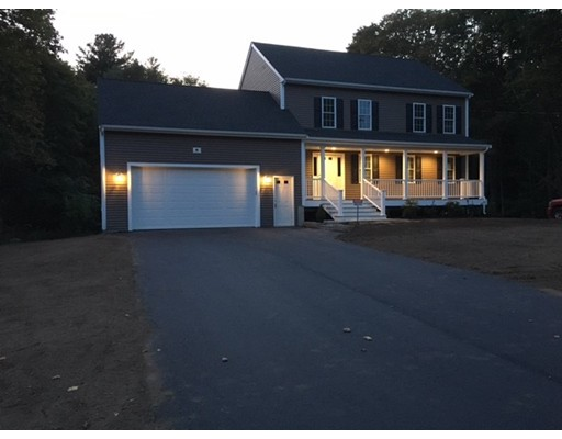Casa Unifamiliar por un Venta en 61 belmont Street West Bridgewater, Massachusetts 02379 Estados Unidos