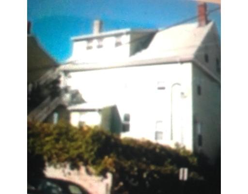 Casa Multifamiliar por un Venta en 669 Broadway Everett, Massachusetts 02149 Estados Unidos