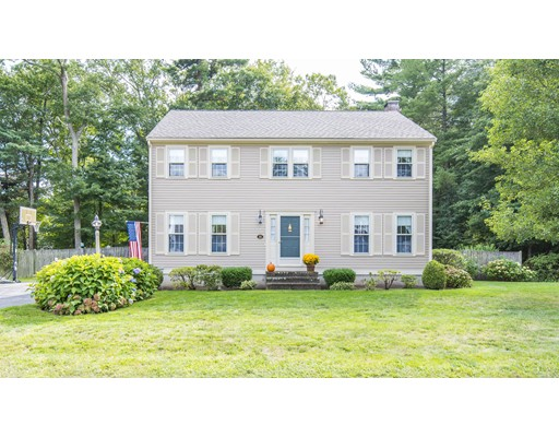 独户住宅 为 销售 在 11 Reed Bent Road Rockland, 马萨诸塞州 02370 美国