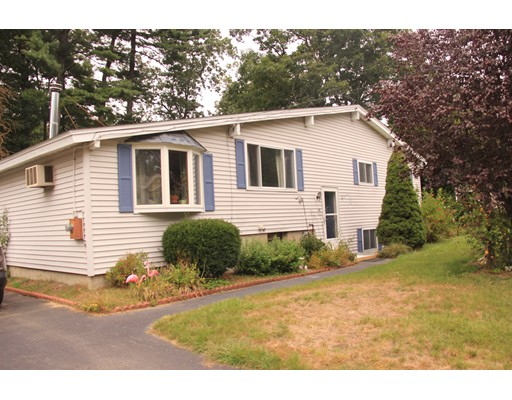 Single Family Home for Sale at 10 Wilshire Avenue 10 Wilshire Avenue Westford, Massachusetts 01886 United States