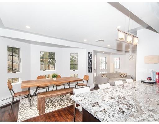 Частный односемейный дом для того Аренда на 50 East Albion Street 50 East Albion Street Somerville, Массачусетс 02145 Соединенные Штаты