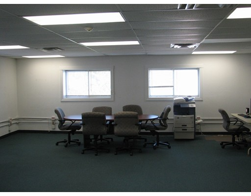Commercial for Rent at 935 Washington 935 Washington Norwood, Massachusetts 02606 United States