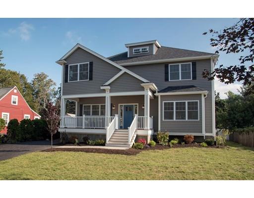Maison unifamiliale pour l Vente à 11 Black Rock Road Melrose, Massachusetts 02176 États-Unis