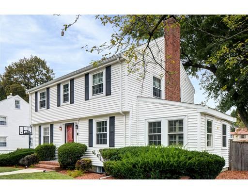 獨棟家庭住宅 為 出售 在 175 Brighton Street Belmont, 麻塞諸塞州 02478 美國