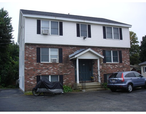 Single Family Home for Rent at 42 West Main Street Ayer, 01432 United States
