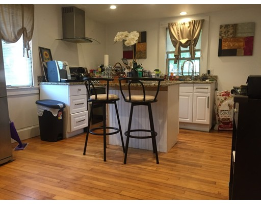 Additional photo for property listing at 473 Grove Street 473 Grove Street Newton, Massachusetts 02462 Estados Unidos