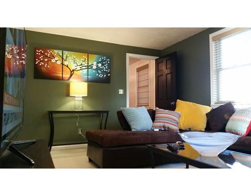Casa Unifamiliar por un Alquiler en 14 Clyde Street 14 Clyde Street Brockton, Massachusetts 02301 Estados Unidos