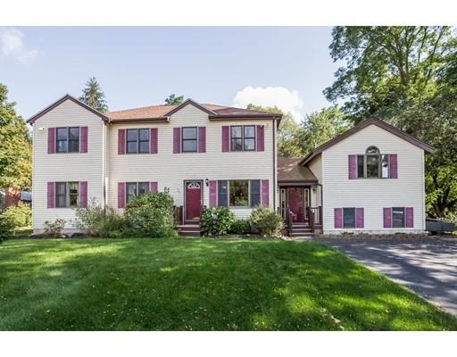 Casa Unifamiliar por un Venta en 725 SOUTH MAIN STREET Raynham, Massachusetts 02767 Estados Unidos