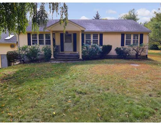 独户住宅 为 销售 在 235 West Street Wrentham, 02093 美国