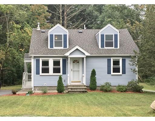 واحد منزل الأسرة للـ Sale في 140 Lincoln Road 140 Lincoln Road Walpole, Massachusetts 02081 United States