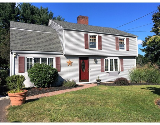 Single Family Home for Sale at 27 Meander Lane 27 Meander Lane Southington, Connecticut 06489 United States