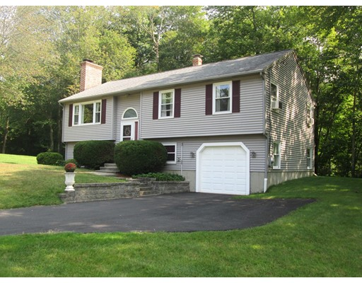 Single Family Home for Sale at 2 Ponnakin Hill Road Charlton, Massachusetts 01507 United States