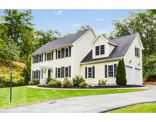 Nhà ở một gia đình vì Bán tại 40 Forbush Mill Road Bolton, Massachusetts 01740 Hoa Kỳ