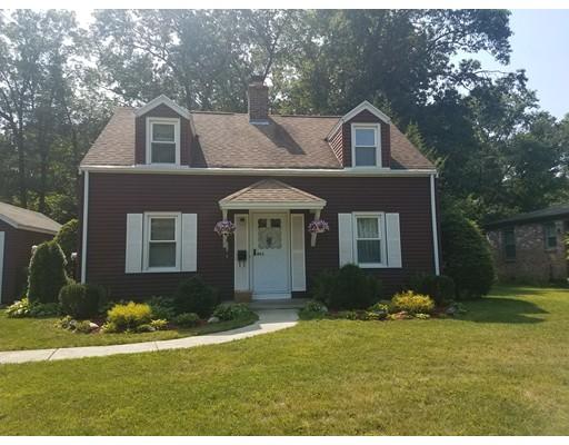 独户住宅 为 销售 在 493 Maple Road Longmeadow, 马萨诸塞州 01106 美国