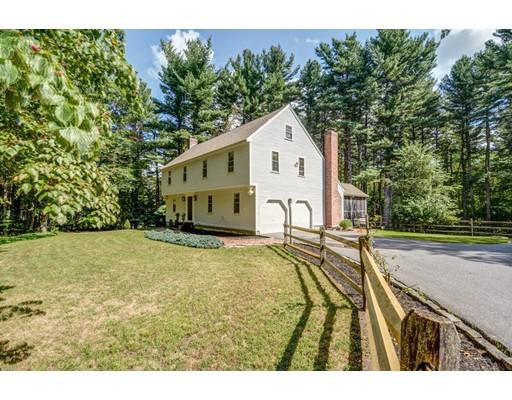 Nhà ở một gia đình vì Bán tại 27 Bare Hill Road Bolton, Massachusetts 01740 Hoa Kỳ