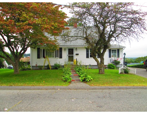 Single Family Home for Sale at 9 Davis Road Auburn, Massachusetts 01501 United States