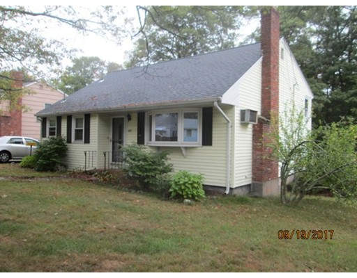 Single Family Home for Sale at 323 North Quincy Street Brockton, Massachusetts 02302 United States