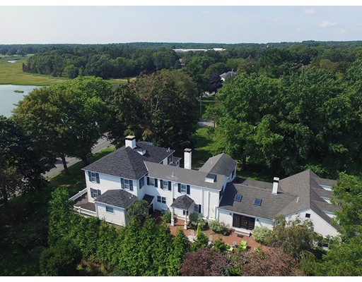 واحد منزل الأسرة للـ Sale في 45 Cedar Street 45 Cedar Street Duxbury, Massachusetts 02332 United States