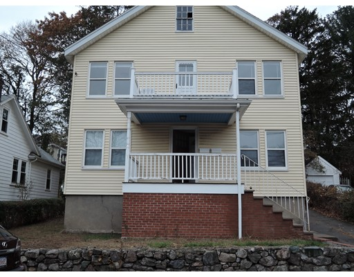 Apartamento por un Alquiler en 35 Chesbrough Rd #2 35 Chesbrough Rd #2 Boston, Massachusetts 02132 Estados Unidos