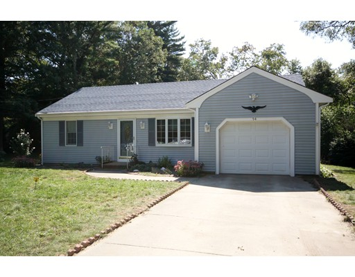 Single Family Home for Sale at 14 Hillside Ave East Falmouth, Massachusetts 02556 United States