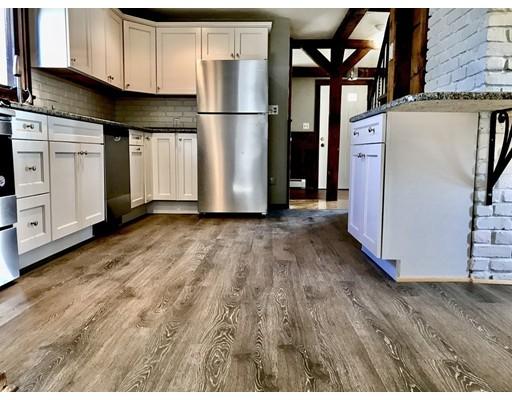 Maison unifamiliale pour l à louer à 85 Eastman Avenue 85 Eastman Avenue Swampscott, Massachusetts 01907 États-Unis