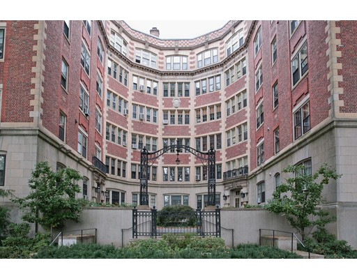 Condominium for Sale at 985 Memorial Drive Cambridge, Massachusetts 02138 United States