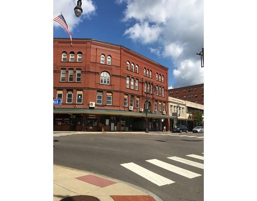 Commercial pour l Vente à 4 Park Street 4 Park Street Attleboro, Massachusetts 02703 États-Unis