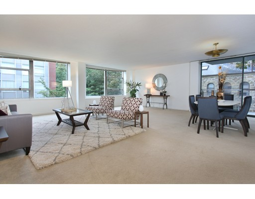 Condominium for Sale at 70 Park Brookline, Massachusetts 02446 United States